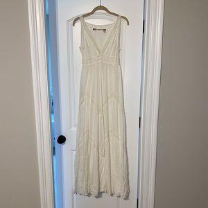 White lightweight maxi dress size S